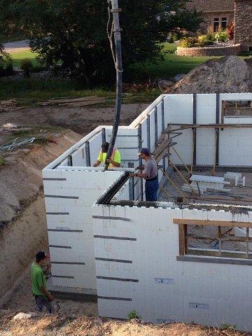 house-basement-walls-pouring-concrete-pump & house-basement-walls-pouring-concrete-pump-w640h480.jpg